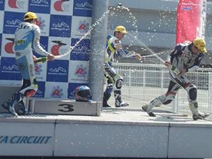 鈴鹿サンデーオートバイレース第3戦CBR250Rカップ
